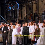 """Franz Josef Breznik (Dirigent) und das Badener Ensemble des Musicals """"Les Miserables"""""""