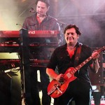 Simple Minds, Andy Gillespie (K), Charlie Burchill (G) IMG_2099